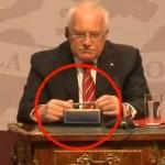 Rakyat Ceko akan kirimi presidennya pena agar tak ngutil lagi