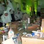 Siswa SDIT Az-Zahra Sragen buat kerajinan tangan