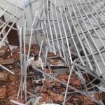 KECELAKAAN KERJA SOLO : Atap Runtuh, Pekerja Bangunan FH UNS Tertimpa Material