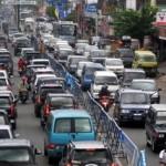 MUDIK LEBARAN 2017 : Kendaraan Pemudik Mulai Padati Bundaran Kartasura Sukoharjo