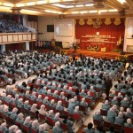 Ribuan Maru UNS ikuti seminar ESQ