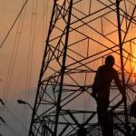 jaringan distribusi listrik : Pemerintah kembali mengusulkan kenaikan harga tenaga listrik.