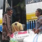 10 KK berangkat transmigrasi ke Kalbar