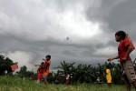 Naikkan Layang-Layang di Ladang, Bocah Tewas Tercemplung Sumur