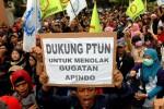 Serikat Buruh Bakal Gugat Putusan Gubernur soal Upah Pekerja