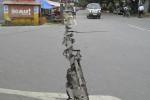 GEMPA FILIPINA 6,8 SR Tewaskan 43 Orang
