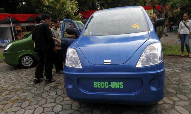 Mobil Listrik E-Semar Karya UGM