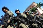 ANTISIPASI PERAMPOKAN, Polisi Dilengkapi Senjata Api