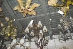 LAMPU HIAS: Mudah Dibersihkan