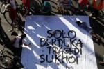 SUKHOI JATUH: Solidaritas Terhadap Keluarga Korban, Warga Solo Kumpulkan Tanda Tangan
