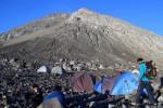 RAMADAN 2016 : Turis Asing Mendominasi Pendakian Gunung Merapi Selama Puasa