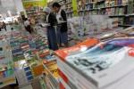 PENDIDIKAN INDONESIA :  Tingkatkan Transparansi, Buku Kurikulum 2013 Dibeli Online
