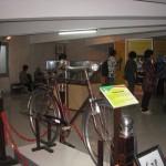 PAJANGAN—Sepeda yang digunakan pada masa perjuangan kemerdekaan ikut dipajang di Museum Sandi Jogja. Sepeda merupakan salah satu sarana transportasi yang digunakan kurir untuk mengantarkan pesan yang tertulis dalam bentuk sandi. (JIBI/Harian Jogja/Bhekti Suryani)
