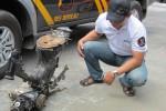 RANGKA MOTOR--Sebuah rangka motor diamankan di Mapolsek Boyolali Kota, Rabu (6/6/2012). Rangka motor ini ditemukan di Karangduwet, Kelurahan Banaran, Boyolali Kota, pagi tadi. (Farida Trisnaningtyas/JIBI/SOLOPOS)