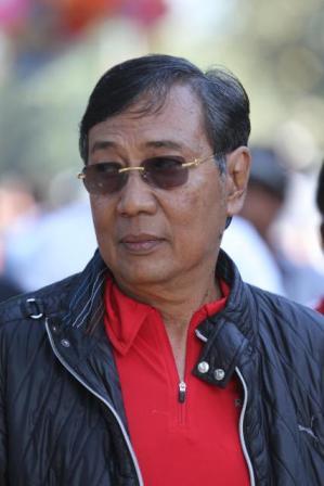 HEBOH SKANDAL CINTA RAJA SURAKARTA PAKU BUWONO XIII DENGAN SISWI SMK HINGGA HAMIL