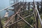 Dermaga yang terletak di ujung timur kawasan Waduk Cengklik, Ngempak, Boyolali, masih berdiri meskipun papan-papannya telah raib. Prasarana itu dinilai warga saat ini tak memiliki kejelasan konsep dan fungsi. (Oriza Vilosa/JIBI/SOLOPOS)