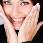 TIPS HERBAL: Stroberi Kencangkan Kulit Wajah