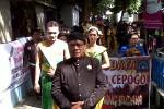 Upacara Siraman Padusan digelar di umbul Pengging, Banyudono, Boyolali, Rabu (18/7/2012). Acara itu dibuka dengan pertunjukkan Tari Merak oleh siswa dari SMAN 1 Cepogo. (Farida Trisnaningtyas /JIBI/SOLOPOS)