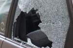 Ilustrasi kaca mobil pecah (google.img)