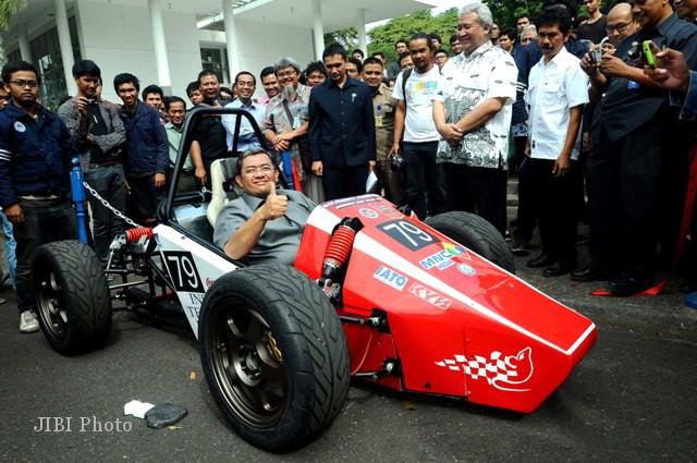 Selasa, 28/8/2012 rachman/jibi/bisnis indonesia 0
