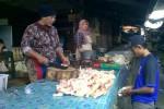 Harga Bahan Pokok Pasar Gemolong Turun