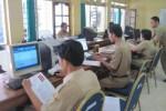 Ilustrasi mengakses info lowongan calon pegawai negeri sipil (cpns). (JIBI/Solopos/Dok.)