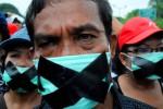 Di-PHK Sepihak, Buruh AST Demo Diam di DPRD