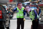 Priiit… Priiiit! Pasangan Jokowi-Ahok pun Terjun Mengurai Kemacetan Lalu Lintas