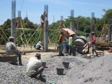 Pembangunan Pasar Cepogo. Foto diambil Kamis (20/9/2012). (Espos/Septhia Ryanthie)