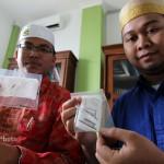 Tim medis RS Nur Hidayah, Jetis, Bantul, menunjukkan paku yang berhasil diangkat dari tubuh Supiyati pada operasi pertama beberapa waktu lalu (JIBI/Harian Jogja/Dinda Leo Listy)