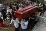 Makam Terduga Teroris Anwar Dijaga Warga
