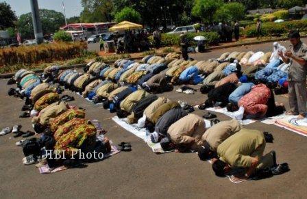 Hari ini, Ratusan Penganut Islam Aboge Laksanakan Shalat Idul Adha