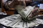 Polisi Bongkar Peredaran Upal Dolar AS Setara Rp3 Miliar