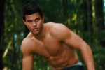 BREAKING DAWN PART 2: Taylor Lautner Menikmati Tiap Momen