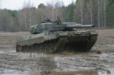 Leopard 2A4 (military-today.com)
