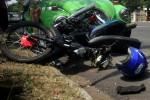 KECELAKAAN KARANGANYAR : Tabrakan Beruntun Dua Motor dengan Minibus, 4 Orang Terluka