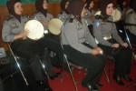 Kiprah wanita polisi Polresta Solo anggota grup hadrah dalam sebuah acara di Balaikota Solo beberapa waktu lalu. (JIBI/Solopos/Dok)