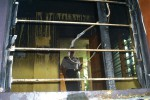 Warnet di Boyolali yang terbakar diduga akibat korsleting,Kamis (13/12/2012). (Septhia Ryanthie/JIBI/SOLOPOS)