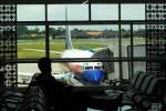Sebuah pesawat Sriwijaya Air terlihat di Bandara Adi Soemarmo beberapa waktu lalu. (JIBI/Solopos/Dok.)