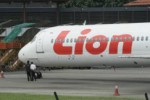PESAWAT LION AIR TERGELINCIR : 7 Penerbangan Tujuan Surabaya Dialihkan ke Bali