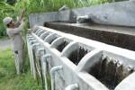 Prasarana yang terletak di Cabean, Desa Gedangan, Kecamatan Cepogo, Boyolali, Minggu (23/12/2012), menyalurkan air dengan bantuan pipa menuju ke rumah-rumah warga. (Oriza Vilosa/JIBI/SOLOPOS)