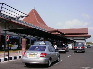 Tampak depan Bandara Adi Soemarmo. (JIBI/Solopos/Dok.)