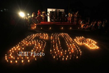 Earth Hour Solo 2013 (JIBI/Solopos/Dok)