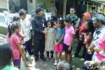 Tutup Program Karya Bhakti TNI, Walikota Solo Tantang Anak-anak Nyanyikan Indonesia Raya