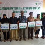 XL Salurkan Donasi Pendidikan dan Bantuan Bencana