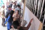 GURU HONOR : Cek Nama Uji Publik, Ribuan Guru Datangi Disdik Klaten