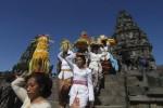 HARI RAYA NYEPI : Ribuan Umat Hindu Mengikuti Upacara Tawur Agung Nasional di Prambanan