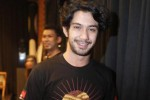 Reza Rahadian Ingin Setting Era 30-an