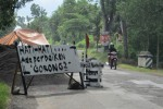 Perbaikan Gorong-Gorong, Arus Lalu Lintas di Jalan Damai Dialihkan