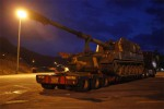 Sebuah truk militer Korea Selatan yang mengangkut artileri swagerak diparkir di pinggir jalan raya bebas hambatan di Gapyeong, sekitar 60 km timur laut Ibukota Korea Selatan, Seoul, Selasa (9/4/2013). (JIBI/SOLOPOS/Reuters)
